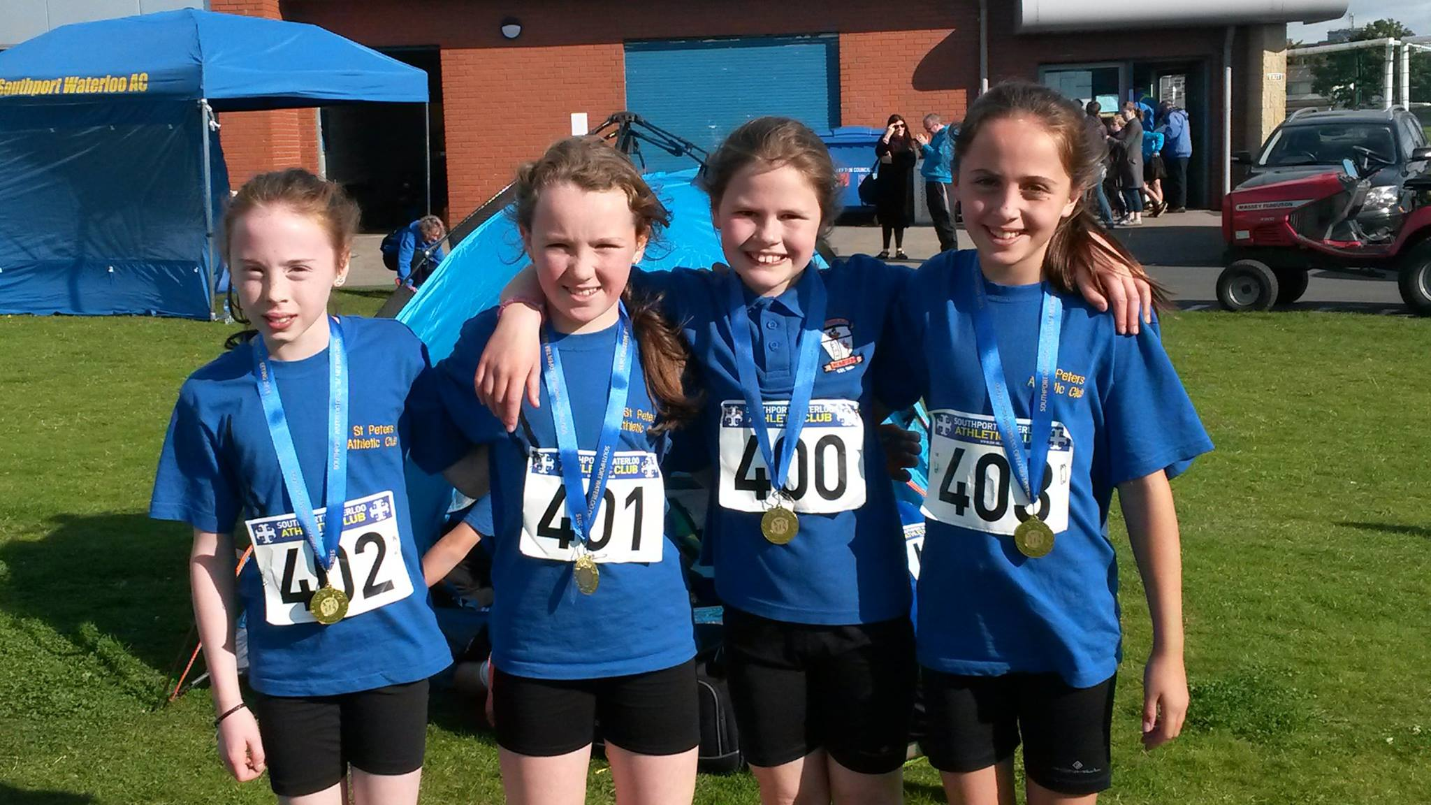 St Peter's AC U11 Girls' 4x100m team at Southport Waterloo AC Open Meet (Liverpool, September 2015)